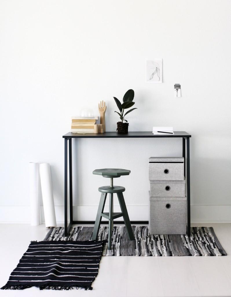 desk via a merry mishap blog