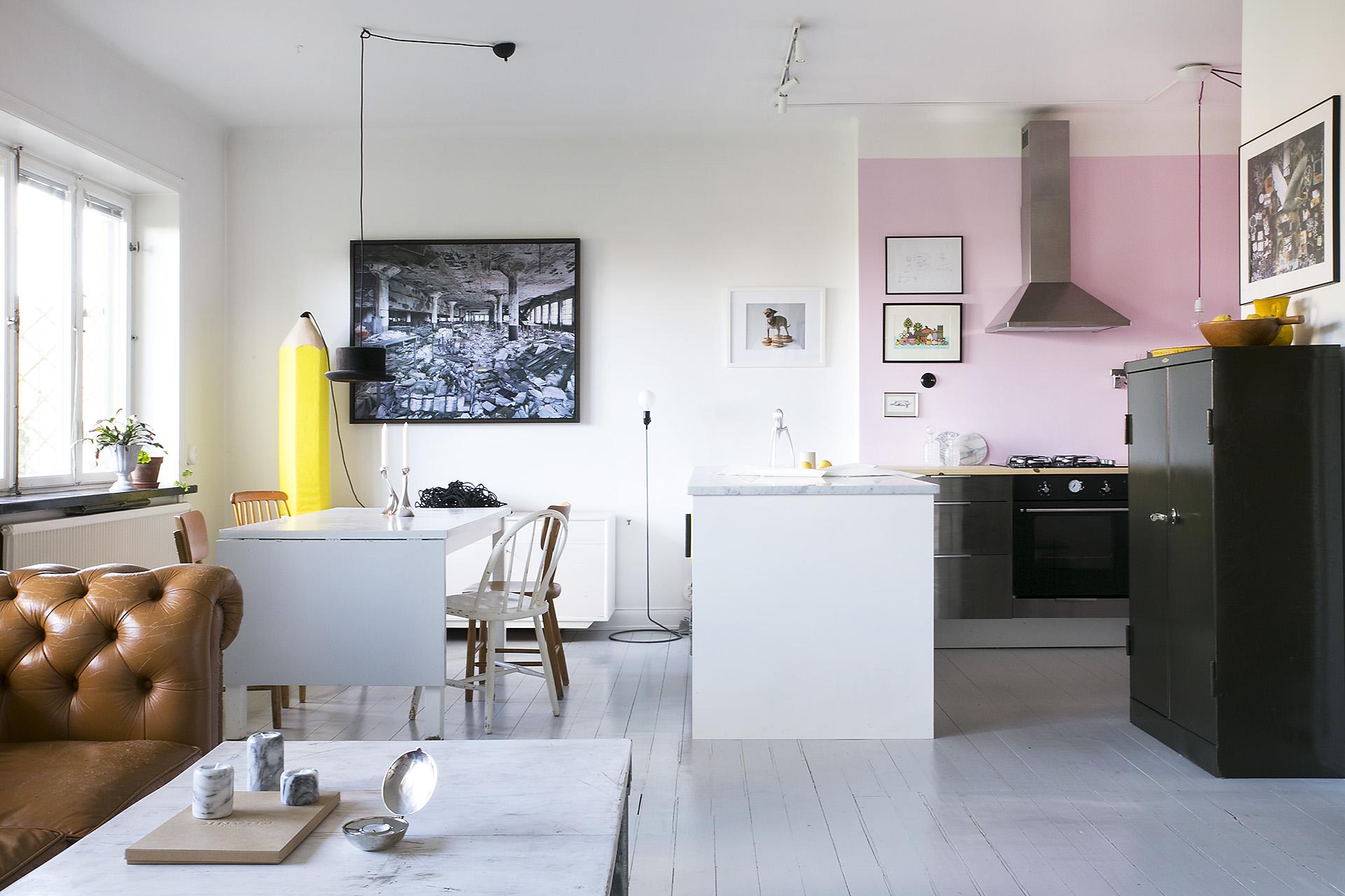 pink kitchen via fantastic frank