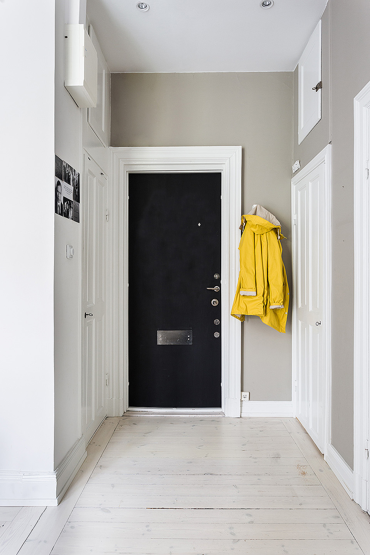 yellow jacket via fantastic frank