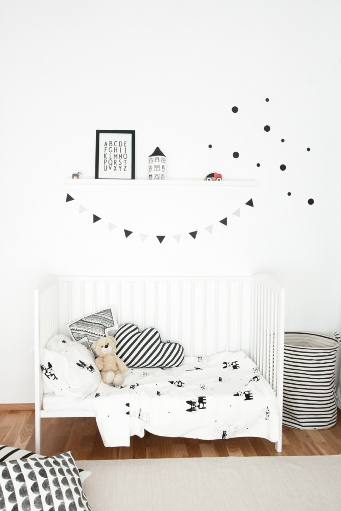 Scandinavian-style-monochrome-nursery-for-a-baby-boy