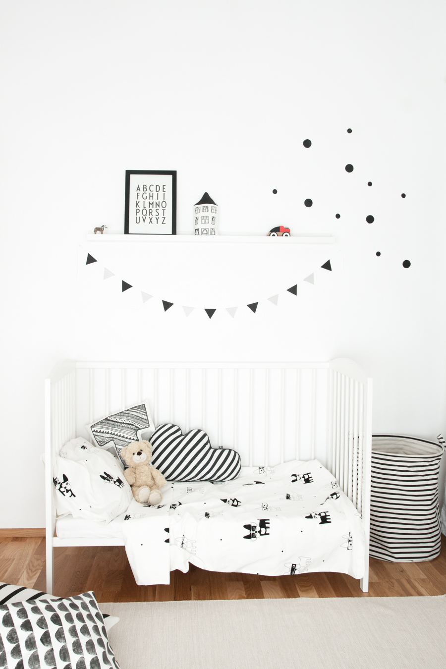 Scandinavian-style-monochrome-nursery-for-a-baby-boy