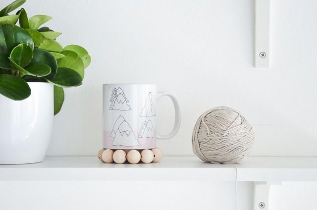 Modern-Beads-Coaster via homedit