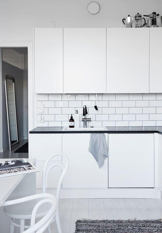 white-kitchen-cabinets-white-subway-tiles