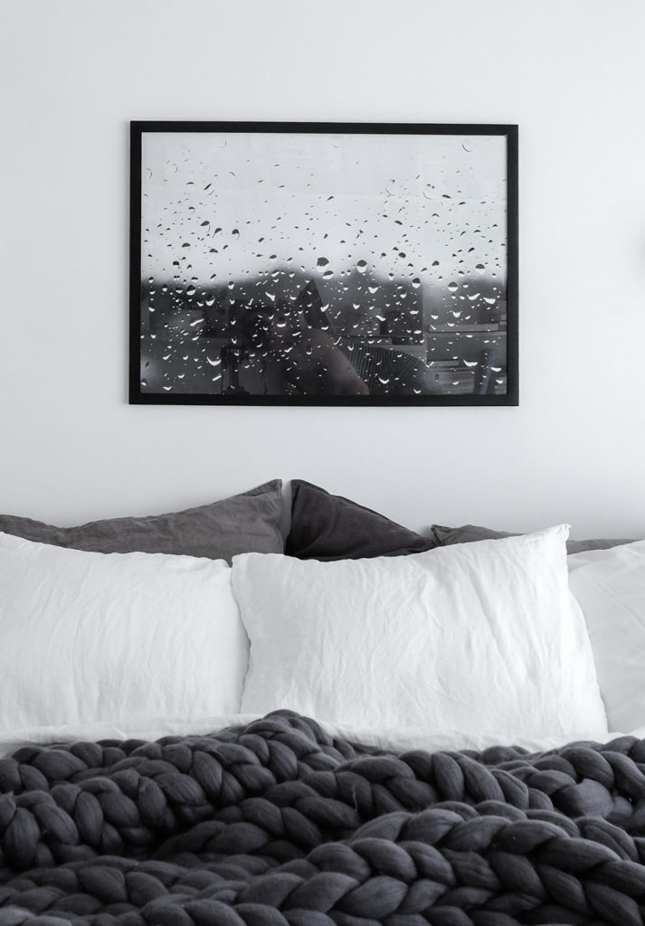 scandinavian-monochrome-bedroom-ohhio-chunky-blanket-and-rainy-day-print-by-anu-tammiste-1